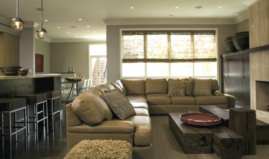Michael Del Piero family room.