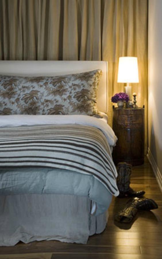 Michael Del Piero bedroom.
