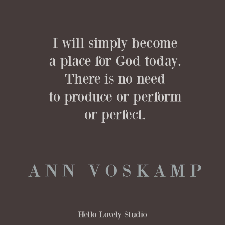 Encouragement quote from Ann Voskamp on Hello Lovely Studio. #inspirationaquotes #annvoskamp #faithquote #godquote