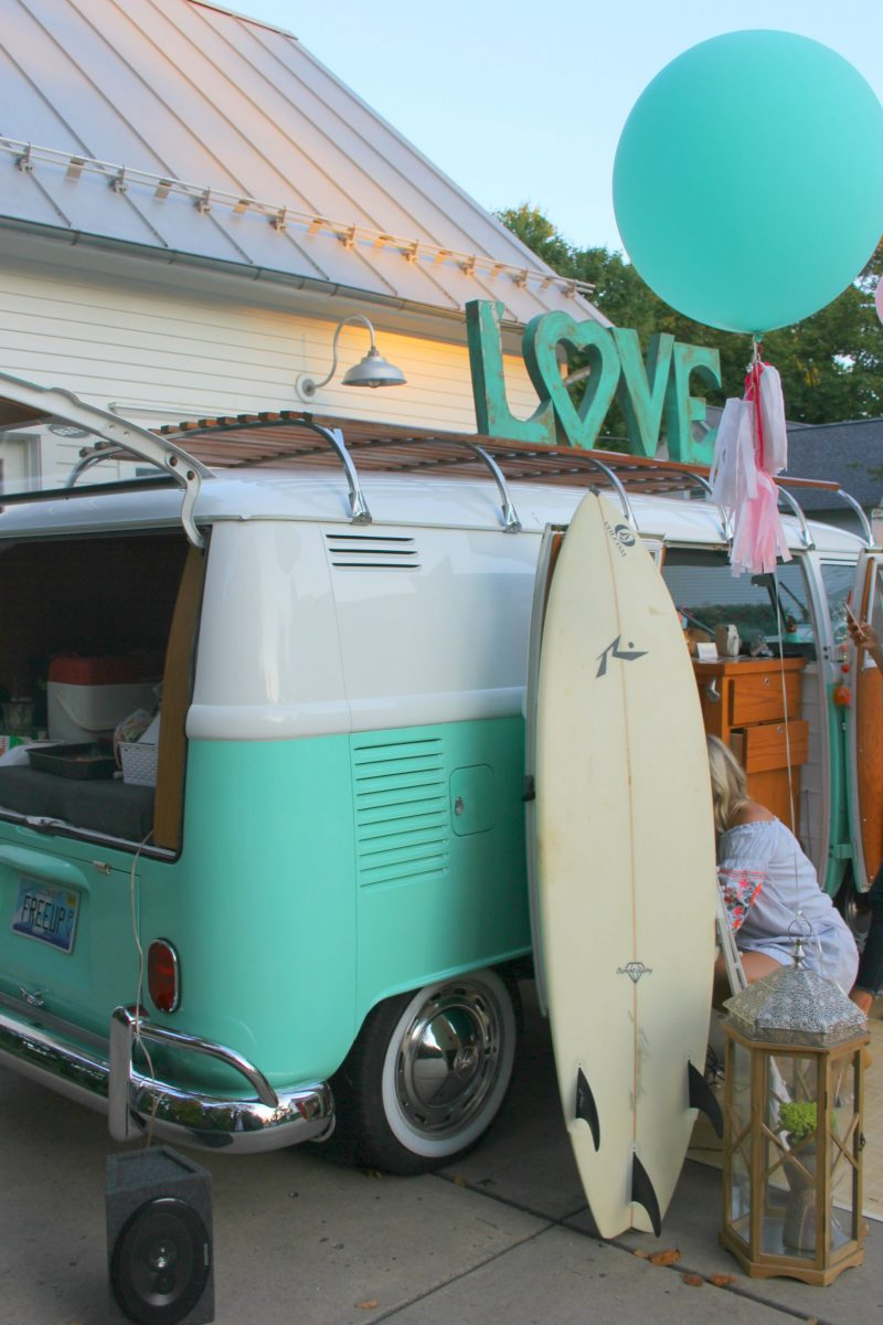 Vintage-beachy-VW-bus-with-surfboard-by-Hello-Lovely-Studio