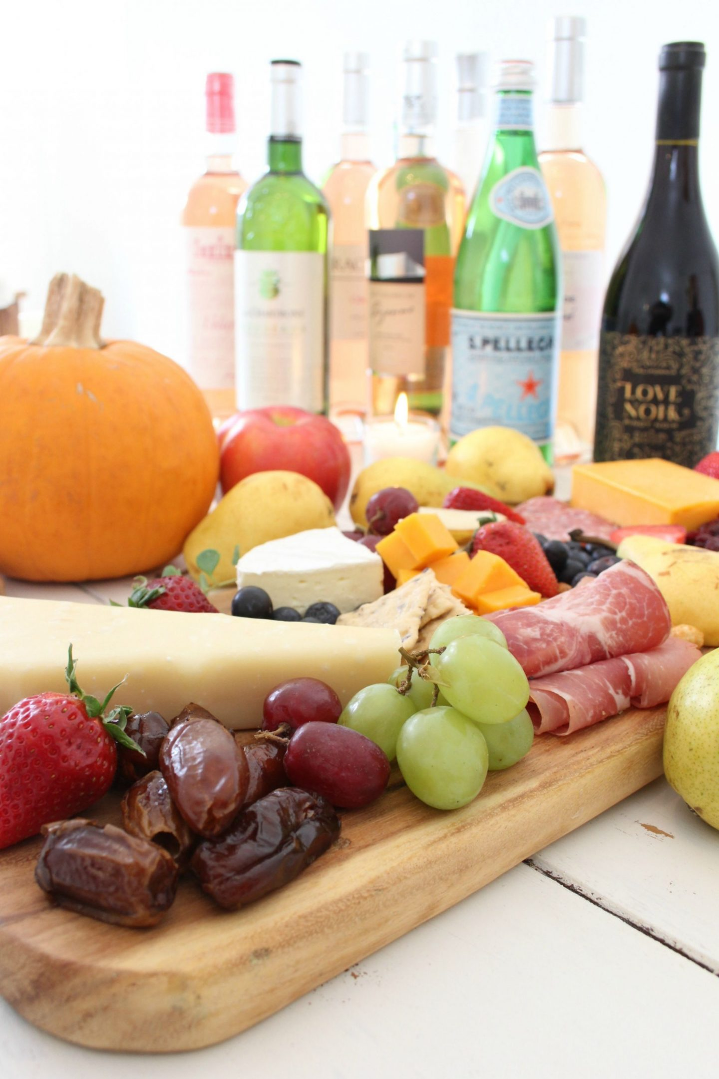 Vibrant and colorful, these cheeseboards with charcuterie and farmers market freshness are perfect for simple entertaining and an elegant tablescape. Serve with your favorite wine! Hello Lovely Studio. #grazeboard
