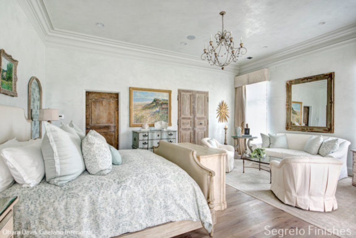 Romantic bedroom with Segreto Finishes (beautiful wall colors and plaster) in a lovely designed room in Leslie Sinclair's book. #plasterwalls #segretofinishes #frenchcountry