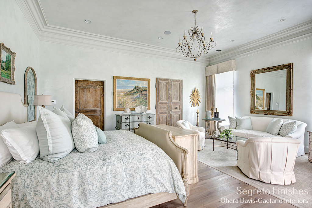 Segreto Finishes plaster walls in a romantic muted pastel bedroom - Ohara Davis Gaetano Interiors