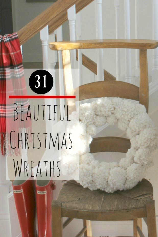31 Beautiful Christmas Wreath Ideas & DIY Christmas Garland on Hello Lovely Studio
