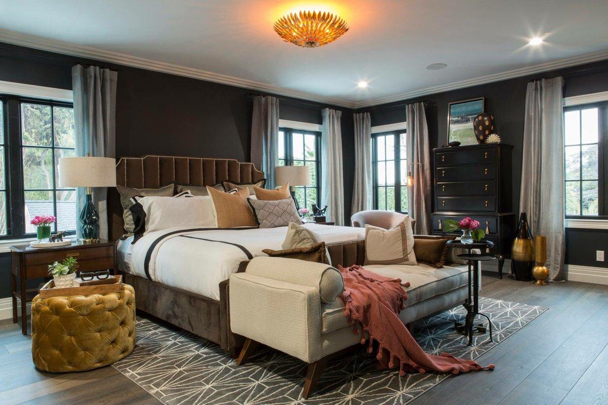 Drew and Linda's Honeymoon House master bedroom with walls painted Farrow & Ball Railings. #farrowandballrailings #paintcolors #bedroom #drew #linda #propertybrothers #honeymoonhouse