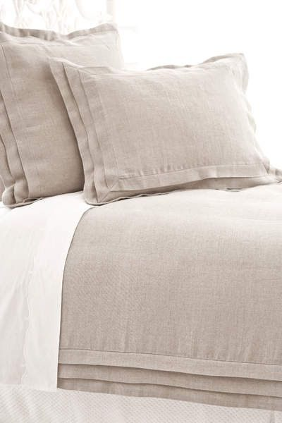 Belgian Linen Bedding #belgianlinen #bedding #bedroomdecor