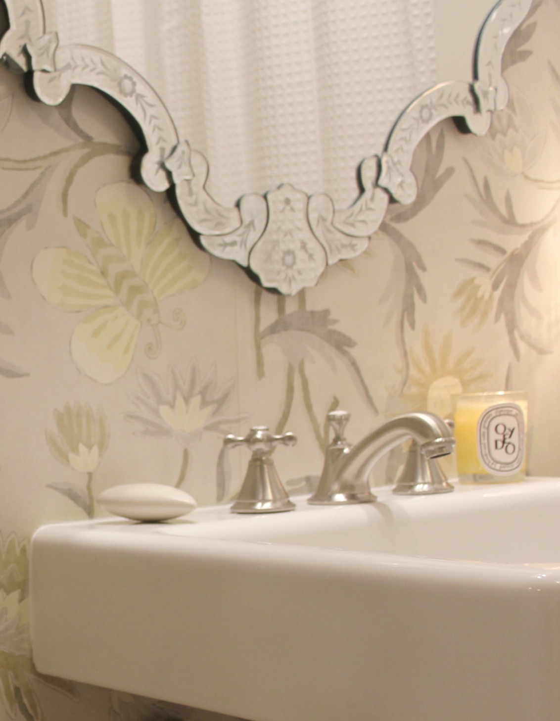 Cheery And Neutral Thibaut Wallpaper In A Classic Bathroom With Seabury Widespread Faucet Grohe