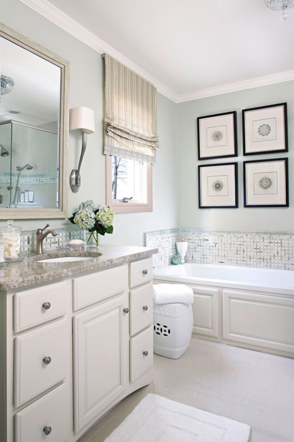 Hollingsworth Green (Benjamin Moore) paint color on walls of a beautiful traditional style bathroom. #holilngsworthgreen #benjaminmoore #paintcolors