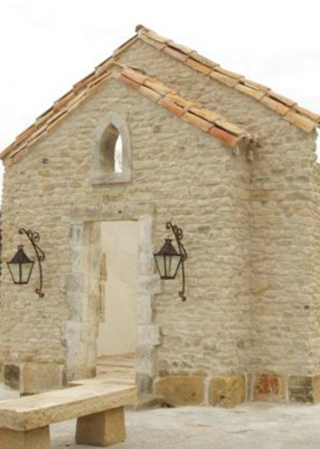 Chateau Domingue salvaged this French stone petite chapel. Provençal reclaimed elements include: rubble stone, seven original 15th century surrounds, terracotta roof tiles and Dalles Drome limestone flooring.