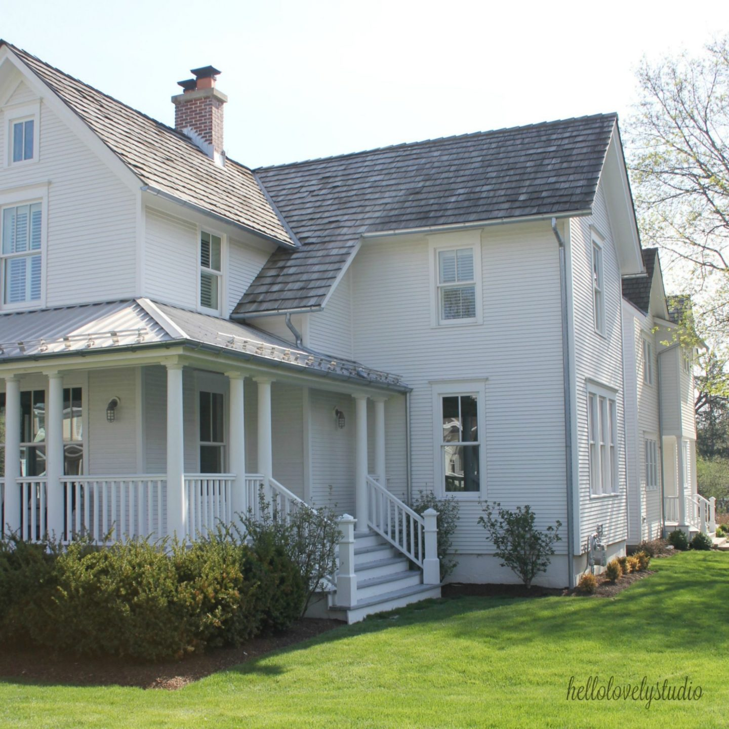 How Modern Farmhouse Exteriors Are Evolving: 1875 Industrial Modern Farmhouse Tour: Exterior