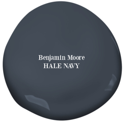 Hale Navy Benjamin Moore paint color is a deep rich saturated blue perfect for coastal style homes. #halenavy #benjaminmoore #paintcolors #bluepaintcolors