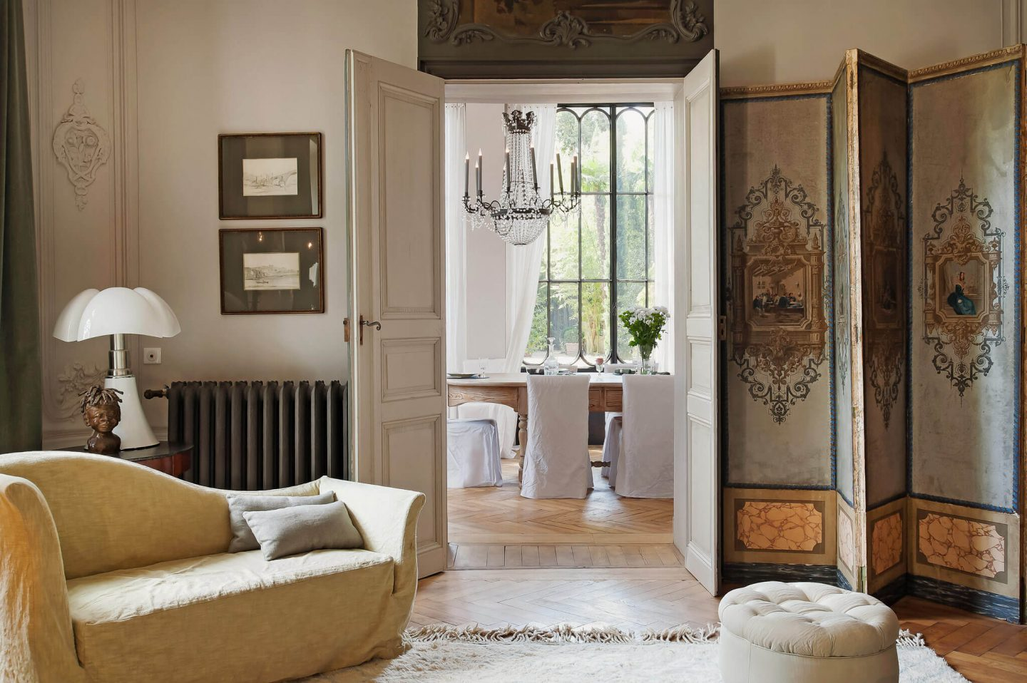 Inspiring interiors, gardens, and art within this restored French chateau Avignon Hotel Particulier. The Serenity Suite is available to book through Haven In...come take a peek! #frenchchateau #avignon #provence #provencal #housetour #french #home #mansion #luxuryhotel #luxuryhome