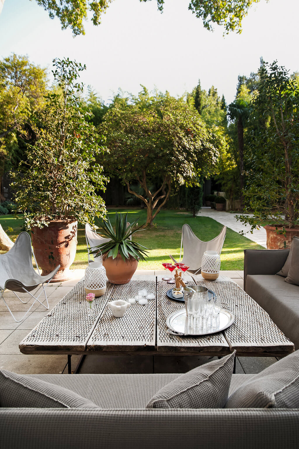 french country garden inspiration  avignon chateau