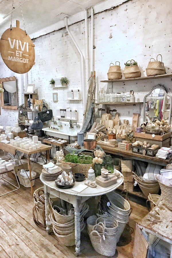 Vivi et Margot Pop Up store at Marche Maman (Maman NYC at 239 Centre Street, between Broome & Grand, SOHO, NYC)