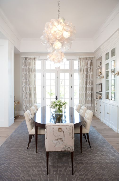 Modern chic dining room with built-ins. Modern Chic Home in the Southwest. E&A Builders. Pinnacle Conceptions. Jaimee Rose Interiors. #modern #French #housedesign #luxuryhome