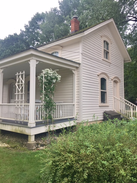 Small humble white country house. Hello Lovely Studio. #hellolovelystudio #countryhouse #farmhouse #oldhouse #clapboard #houseexterior #frontporch