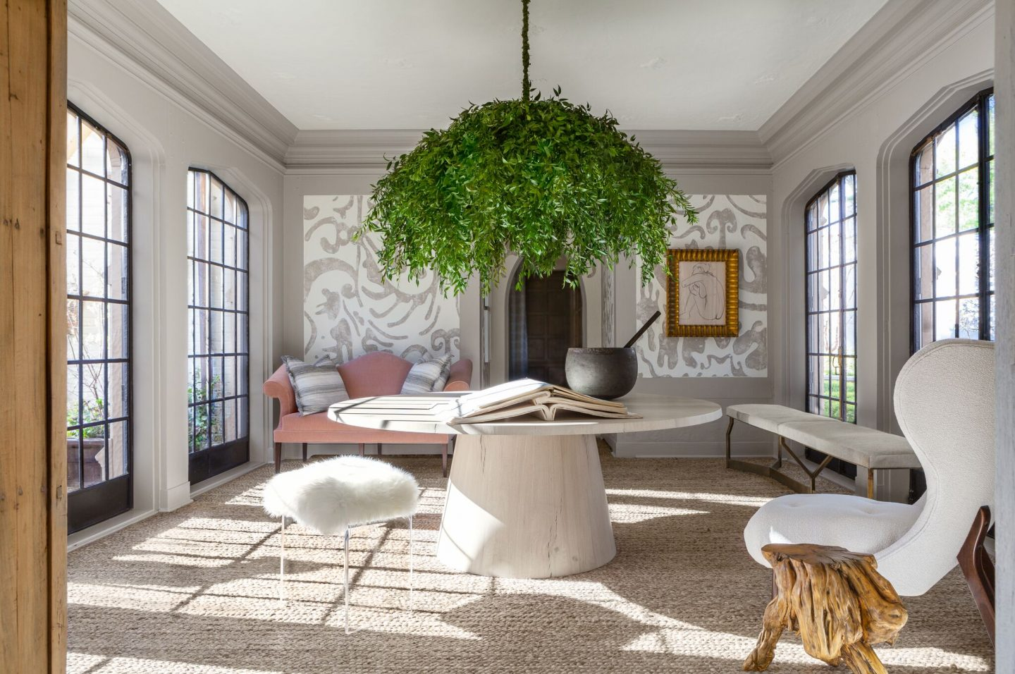 Refined, rustic, sophisticated, and serene - the unique interior design in this Chicago home by Michael Del Piero resonates with sophistication and calm. #interiordesign #michaeldelpiero #rusticluxe #roughluxe #modernrustic #luxurydecor #chicagohome