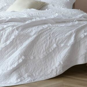 White Ruffle Quilt Set