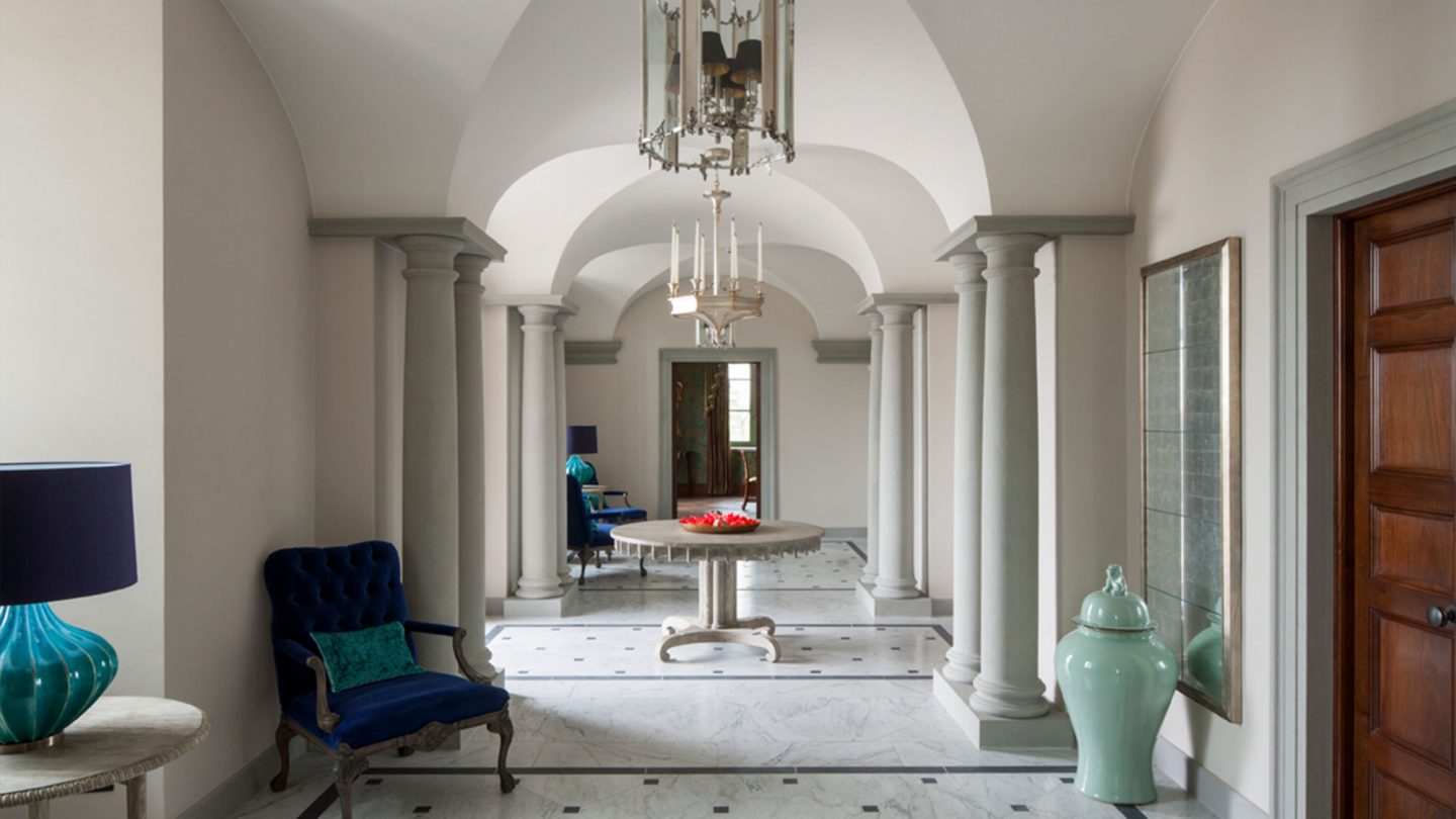 Luxurious hall with architecturally magnificent arches in Tuscan villa Guglielmesca.