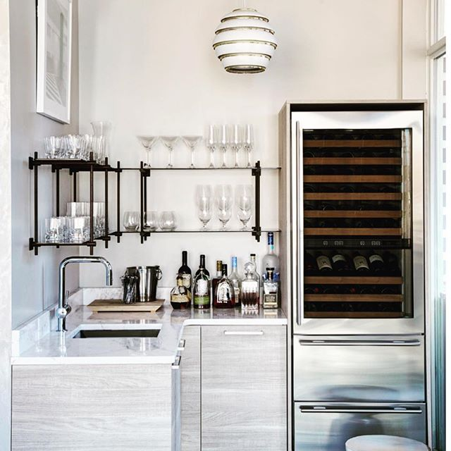 Luxurious bar. Check out: Cari Giannoulias: Layered, Livable, Lovely Luxe! Beautiful interior design inspiration from Chicago designer Cari Giannoulias on Hello Lovely Studio. #hellolovelystudio #interiordesign #carigiannoulias #chicagodesigner #interiordesigner #sophisticateddecor #understated #luxurydecor