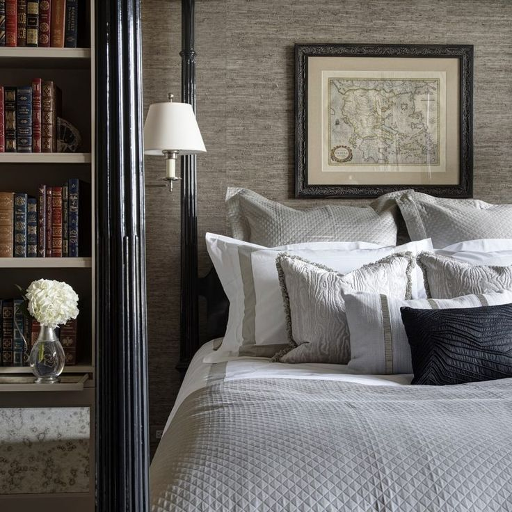 Bespoke bedroom design with built-ins. Beautiful interior design inspiration from Chicago designer Cari Giannoulias on Hello Lovely Studio. #hellolovelystudio #interiordesign #carigiannoulias #chicagodesigner #interiordesigner #sophisticateddecor #understated #luxurydecor