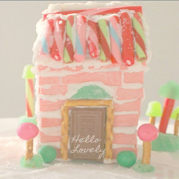 Gingerbread House Ideas & Inspiration #hellolovelystudio #christmasdecor #gingerbreadhouse #pinkchristmas