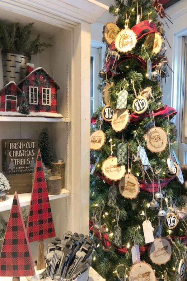 Farmhouse Christmas decor inspiration inside Urban Farmgirl in Rockford. Hello Lovely Studio.
