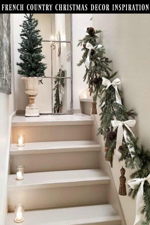 French country Christmas decor inspiration from The French Nest Co on Hello Lovely. #christmasdecor #frenchcountry #frenchfarmhouse #frenchchristmas