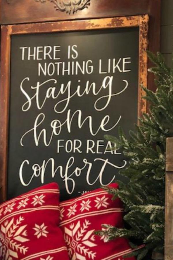 Vintage sign with Christmas quote - Urban Farmgirl. #christmasdecor #farmhousechristmas