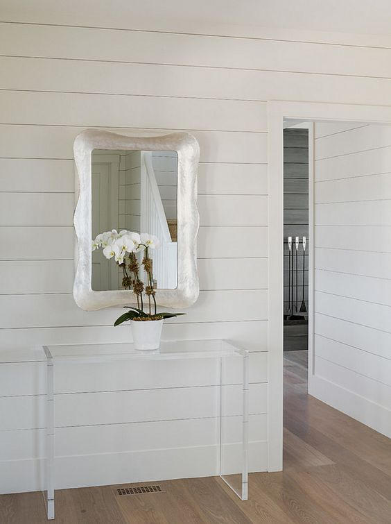 Benjamin Moore White Dove paint color on shiplap. #paintcolors #benjaminmoorewhitedove