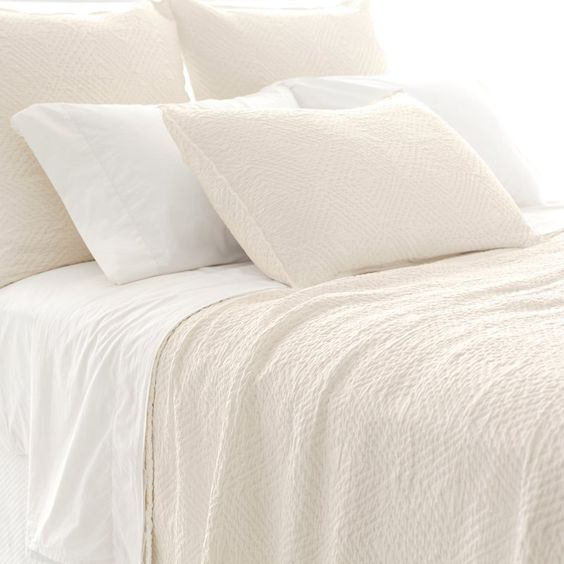 White Matelasse quilt