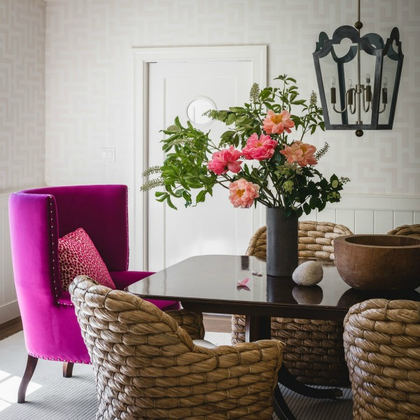 15 Intoxicating Design Ideas for Spring Color to Bloom...certainly lovely indeed! Interior design inspiration: bold colorful classic interiors on Hello Lovely Studio. #decoratingideas #interiordesign #springcolor #colorfuldesign