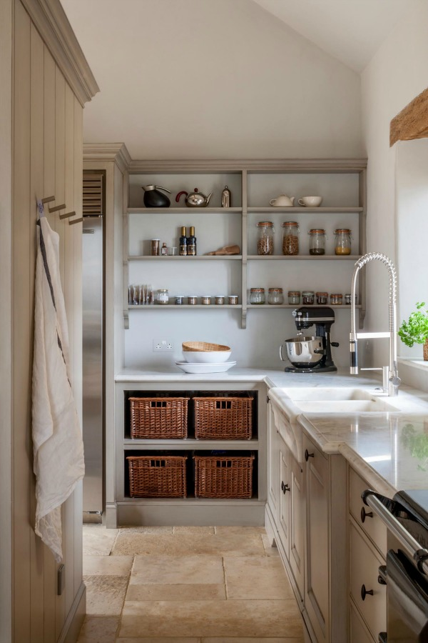 19 French Farmhouse Kitchens Ideas To Get The Look Hello Lovely