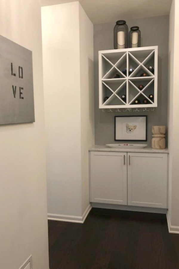 Benjamin Moore San Antonio Gray used as a paint color accent. Come visit: How to Accent Walls 3 Ways With One Paint Color on Hello Lovely Studio.