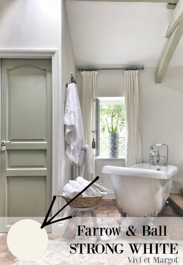 Farrow & Ball Strong White paint color in a gorgeous French farmhouse bathroom by Vivi et Margot on Hello Lovely Studio. #paintcolors #farrowandballstrongwhite #bestwhites #bestwhitepaint #bathroom #interiordesign