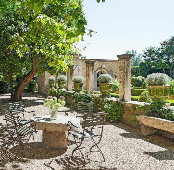 Hello Lovely French Château Mirielle in Provence! Old World style interiors and charming gardens in Provence. #provence #chateau #interiordesign #gardendesign #vacationvilla #luxuryvilla #luxurioushome #frenchcountry #countryfrench #frenchhome