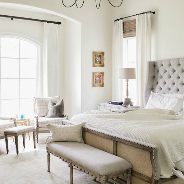 Rustic French farmhouse bedroom by Brit Jones. See 18 Inspiring Country French Bedroom Decor Ideas!
