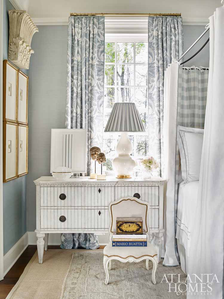 Traditional light blue bedroom by Tristan Harstan in Southeastern Designer Showhouse 2017. Atlanta Homes & Lifestyles.