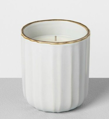 Cardamom & Vetiver candle from Hearth and Hand of Magnolia. #candles #magnolia #cardamom