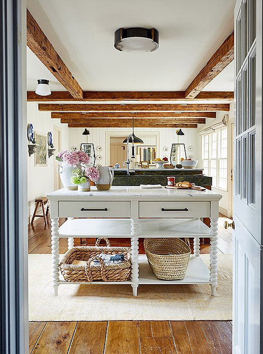 Kitchen at One Kings Lane Connecticut Farmhouse Showroom with modern farmhouse interior design. #traditionalstyle #farmhouse #onekingslane