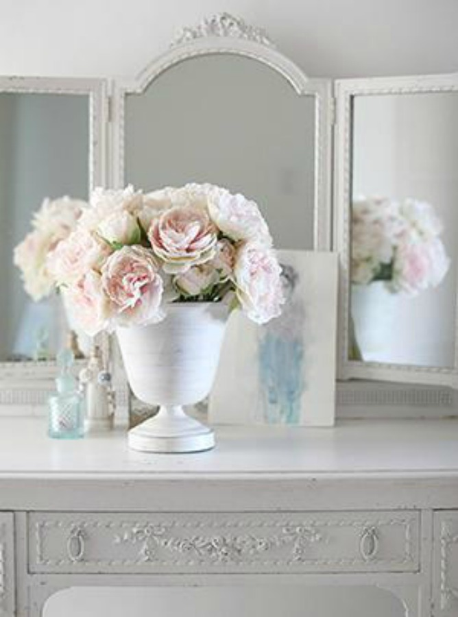 Forever florals. Shabby Chic Couture Design Inspiration from Rachel Ashwell!