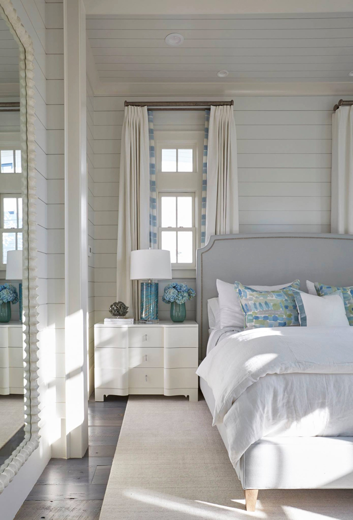Coastal classic style in a bedroom by Geoff Chick.