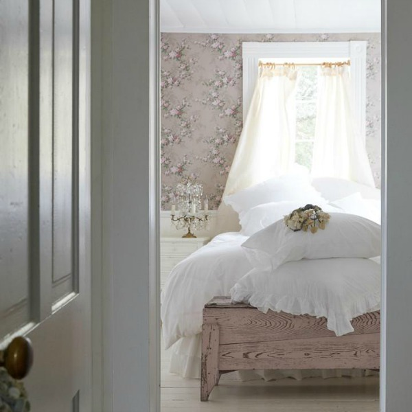 Romantic rose bedroom with shabby chic style by Rachel Ashwell.