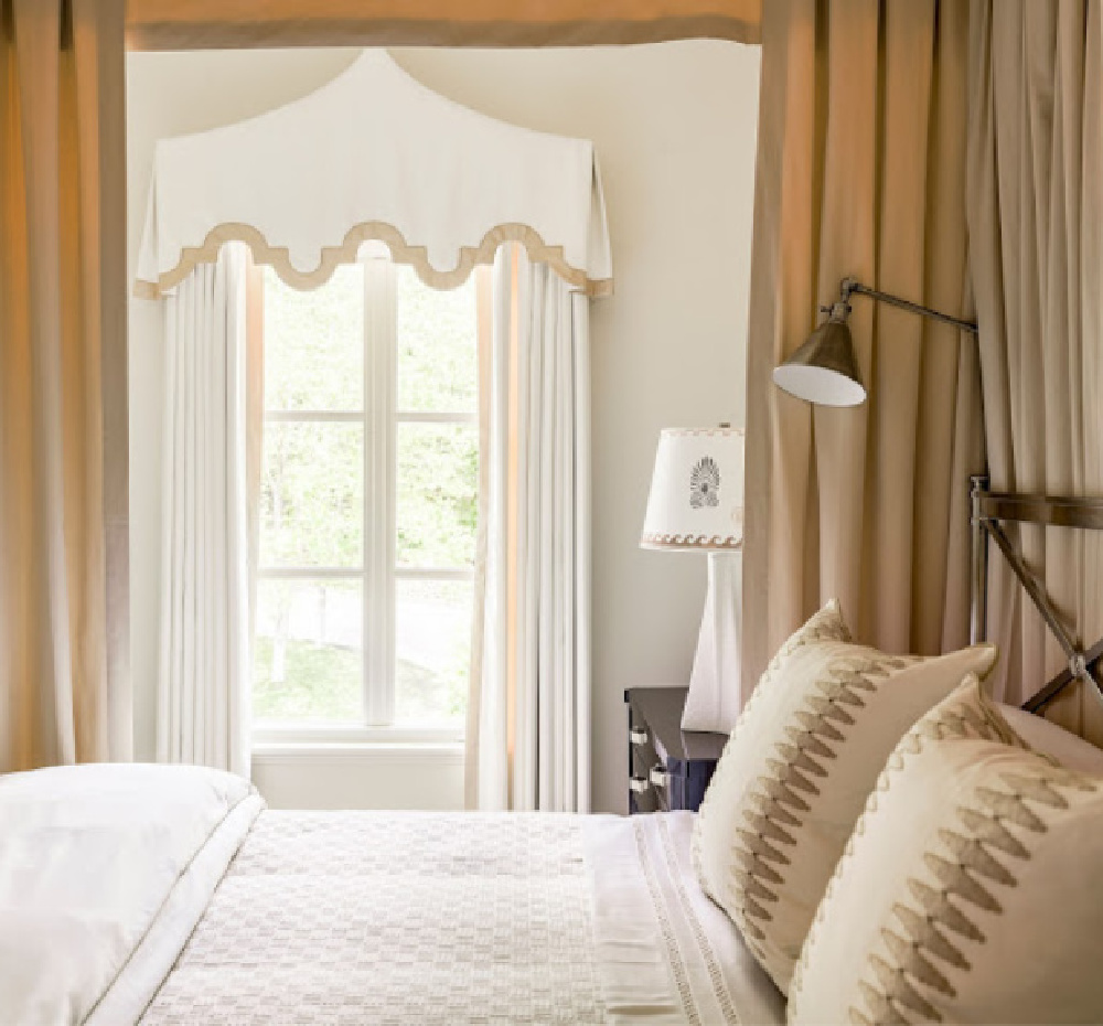 Maritime White Benjamin Moore paint color in bedroom with design by David Christensen for 2020 Southeastern Designer Showhouse. #maritimewhite #paintcolors