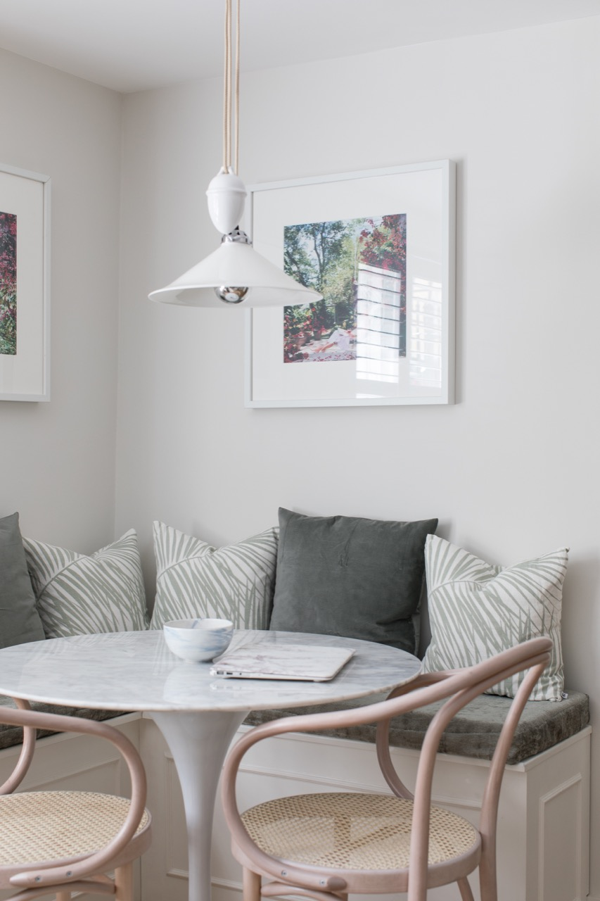 Farrow & Ball Strong White paint color on walls of a beautifully designed Notting Hill flat by Laura Butler Madden. Come score ideas for 16 Amazing Serene Paint Colors Interior Designers Use for a Soothing Vibe.