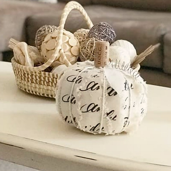 Easy fall craft DIY frayed ribbon pumpkins from Across the Boulevard. #falldiy #craft #pumpkins #easycrafts
