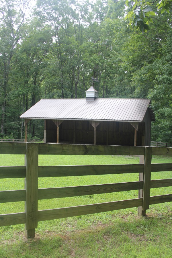 Secluded, woodsy, equestrian acreage at Storybook Cottage near Franklin, TN - Hello Lovely Studio.