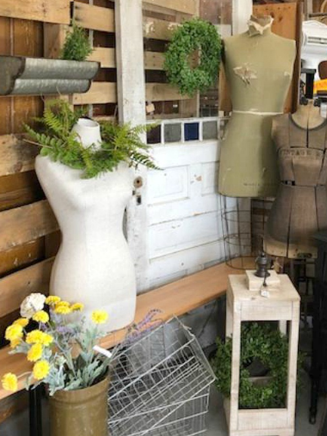 Whimsical dress forms. Rustic farmhouse decor, vintage flea market treasures, and LOVELY Fall and Autumn inspiration are flowing as I take you shopping with me for country goodness in the Northern Illinois and Southern Wisconsin. Hello Lovely Studio. #farmhousestyle #rusticdecor #countryhomes #fleamarket