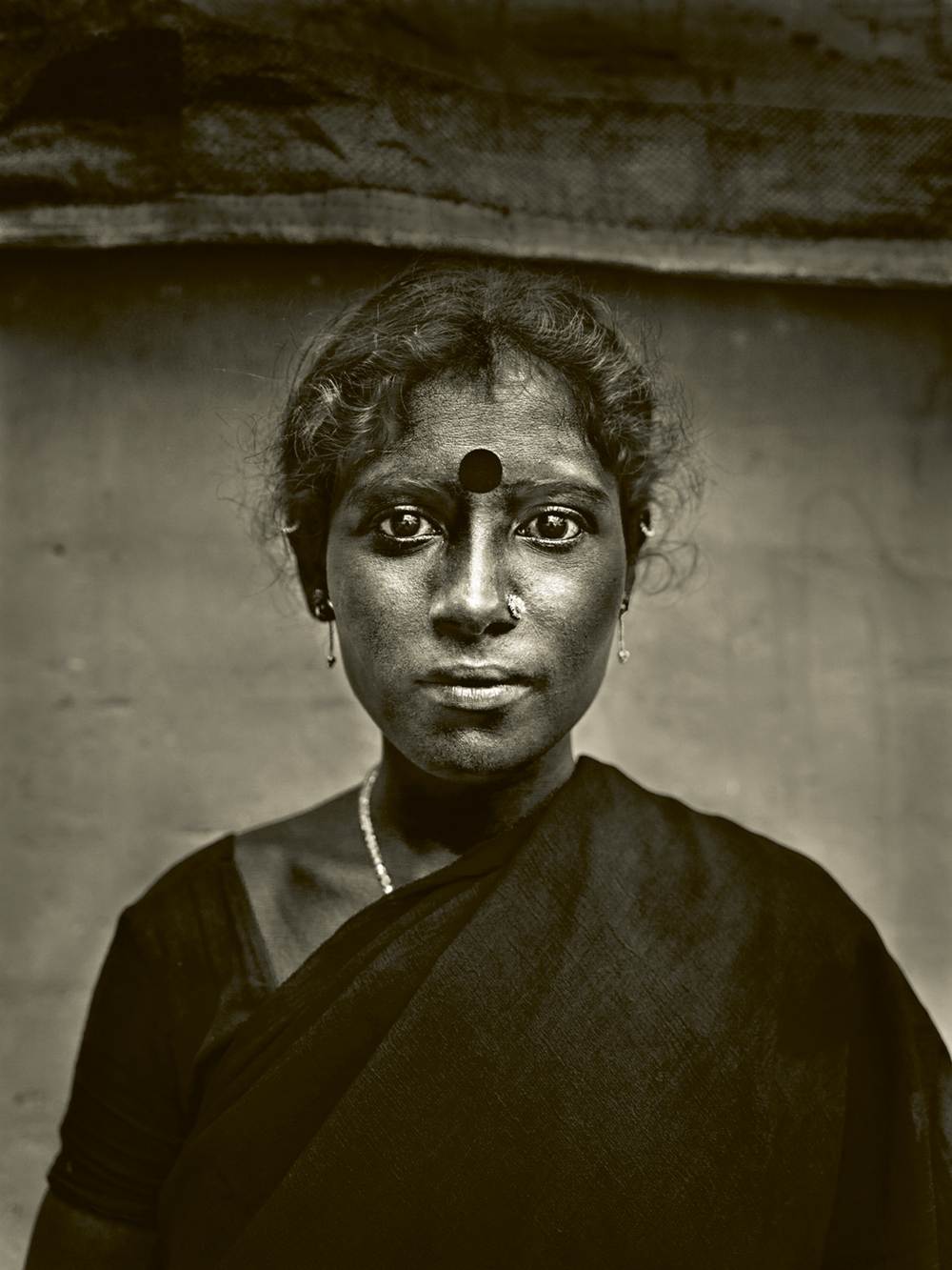 Lovely photo of young woman in India. Photo © Andreas H. Bitesnich. All rights reserved. Come discover 3 Inspiring Art & Design Books on My Nightstand This Minute I Am Loving!