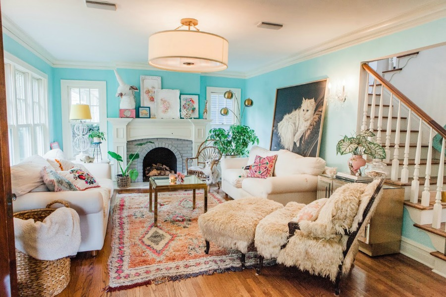 Fresh vintage chic living room. Be inspired by this photo gallery of vibrant colorful beachy boho interior design from artist Jenny Sweeney's Chicagoland home. Her art has been lifting spirits and opening hearts to wonder - see how it lives large in a charming suburban Tudor!